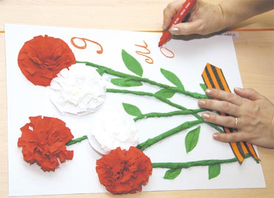 Как сделать гвоздики из бумаги своими руками